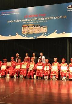 Vinamilk đồng hành tổ chức Lễ mừng thọ và chăm sóc sức khỏe cho gần 1.000 người cao tuổi