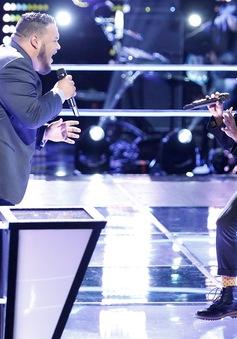 """""""Sững người"""" trước những màn đối đầu ấn tượng ở các phiên bản The Voice"""