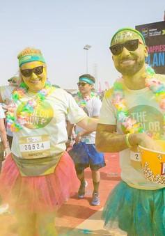 Hàng nghìn người tham gia đường chạy sắc màu tại Qatar