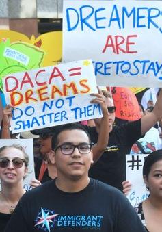 Chương trình DACA bảo vệ người nhập cư bị bãi bỏ: Mong manh giấc mơ Mỹ