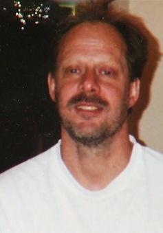 """Vụ xả súng ở Las Vegas: Nguyên """"kho vũ khí"""" được tìm thấy tại nhà hung thủ"""