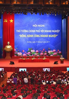 Thủ tướng Chính phủ: Hỗ trợ DN, nói phải đi đôi với làm