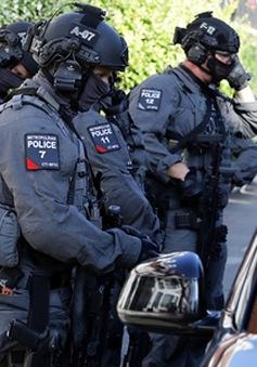 Khả năng có thêm nghi phạm trong vụ đánh bom tàu điện ngầm ở London, Anh