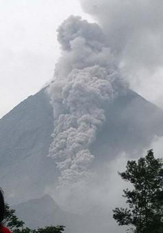 Bali (Indonesia) sơ tán người dân trước nguy cơ núi lửa phun trào