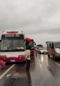 Tai nạn trên cao tốc Pháp Vân - Cầu Giẽ, 10 người bị thương