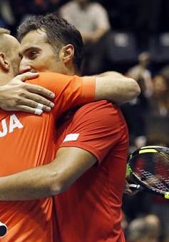 Davis Cup: ĐT Serbia dễ dàng giành quyền vào bán kết