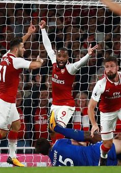 Khai màn Ngoại hạng Anh: Arsenal thắng nghẹt thở trước Leicester City