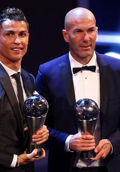 Hé lộ lựa chọn của HLV Hữu Thắng và Văn Quyết ở FIFA The Best 2017