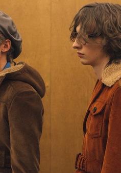 Prada làm sống lại vẻ đẹp của thời trang thập niên 70