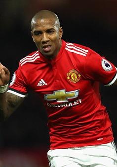 VIDEO Watford 2-4 Man Utd: Ashley Young tiếp tục rực sáng