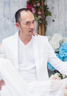 GK Biệt tài tí hon lộ diện trong bộ ảnh hài hước kỷ niệm 6 năm ngày cưới