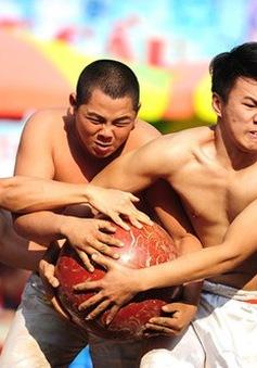 Hội vật Cầu - hoạt động thể thao thú vị những ngày đầu xuân