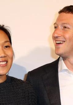 Ông chủ Facebook tuyên bố nghỉ việc 2 tháng để chăm sóc vợ con