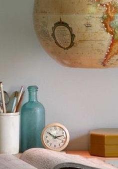 """""""Hô biến"""" đồ dùng học tập thành đồ trang trí trong nhà"""