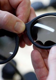 Biến rác thải từ nhựa thành... kính mắt