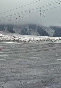 Italy dừng hoạt động trượt tuyết trên dãy Alps do nắng nóng