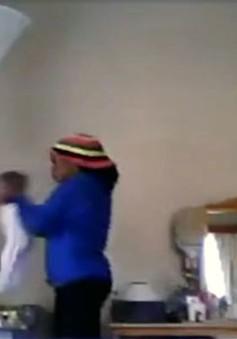 Bảo mẫu bạo hành trẻ em tại Namibia