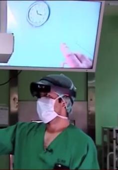 Công nghệ thực tế ảo trong phòng mổ ở Tây Ban Nha