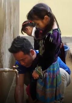 Thầy trò trường Tiểu học Nậm Din không còn nỗi lo thiếu nước sạch