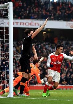 Vòng 25 giải Ngoại hạng Anh: Arsenal 2-0 Hull City: Trận đấu của 2 cánh tay