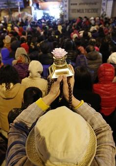 Biển người dự đại lễ cầu an ở chùa Phúc Khánh