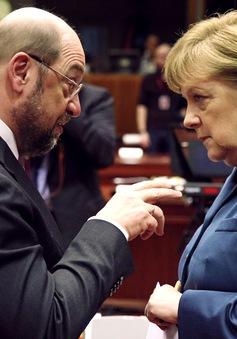 Bà Angela Merkel và ông Martin Schulz tranh luận trực tiếp