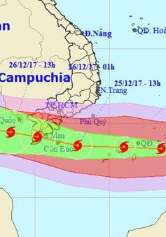 Chiều tối và đêm 24/12 bão số 16 duy trì sức gió mạnh cấp 12, giật cấp 15