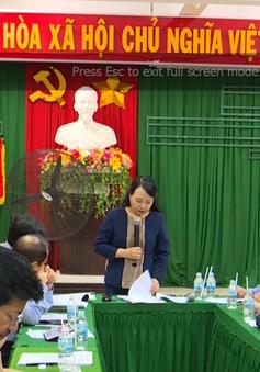 Bộ Y tế thị sát công tác phòng chống dịch bệnh sau bão số 12 tại Khánh Hòa