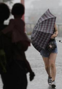 Cơn bão Merbok đổ bộ vào Hong Kong, Trung Quốc