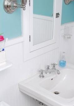 Những vật dụng bạn không nên dùng quá lâu trong phòng tắm