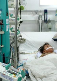 Nhiều bệnh nhi biến chứng nặng vì sốt xuất huyết