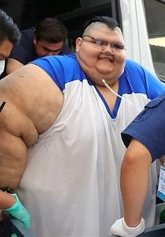 Người đàn ông béo nhất thế giới xuất viện