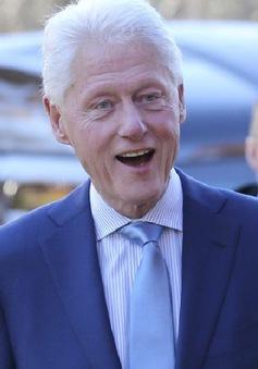 Cựu Tổng thống Mỹ Bill Clinton viết tiểu thuyết trinh thám