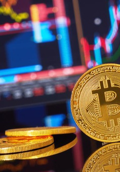 """Thị trường tiền số Bitcoin """"nóng"""" trở lại"""