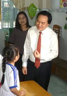 Bộ trưởng Phùng Xuân Nhạ làm việc về tình hình giáo dục, đào tạo tại Cần Thơ