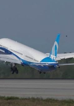 Boeing 787-10 bay thử nghiệm thành công