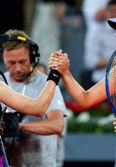 Madrid mở rộng 2017: Bouchard thắng kịch tính Sharapova