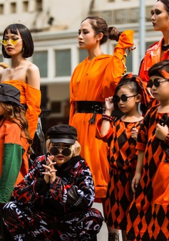 """Tuần lễ thời trang quốc tế Việt Nam Thu - Đông 2017: Đa dạng cá tính thời trang trong ngày đầu """"The best street style"""""""