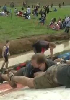 Thú vị với cuộc chạy đua trong bùn