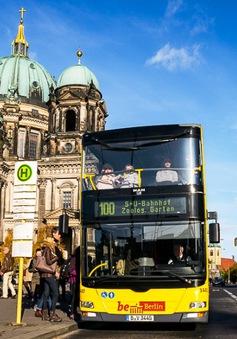 Trải nghiệm du lịch Berlin bằng xe bus