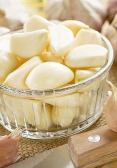 Các cách sử dụng tỏi đơn giản để chữa cảm lạnh