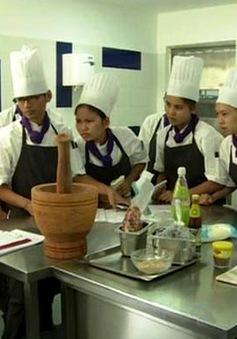 Thúc đẩy đam mê nấu ăn trong giới trẻ Campuchia