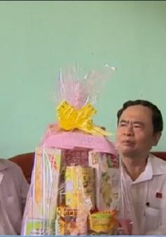 Chủ tịch Ủy ban Trung ương MTTQ Việt Nam thăm người cao tuổi