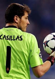 Thủ thành Casillas di chuyển trên sân nhiều nhất thế giới