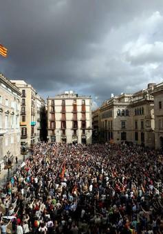Tây Ban Nha điều tra các cựu quan chức chính quyền Catalonia