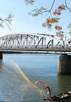 Huế sẽ mở phố đi bộ trên cầu Trường Tiền