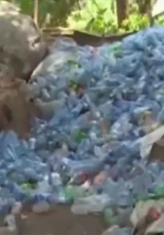 Vấn nạn chai nhựa tại Uganda