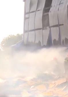 Đăk Lăk: Cháy nhà kho rộng 500m2 thiêu rụi toàn bộ hàng hóa