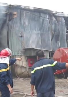 Cháy lớn thiêu rụi hàng nghìn m2 kho xưởng tại Đồng Nai