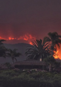 Cháy rừng lan rộng tại California, Mỹ